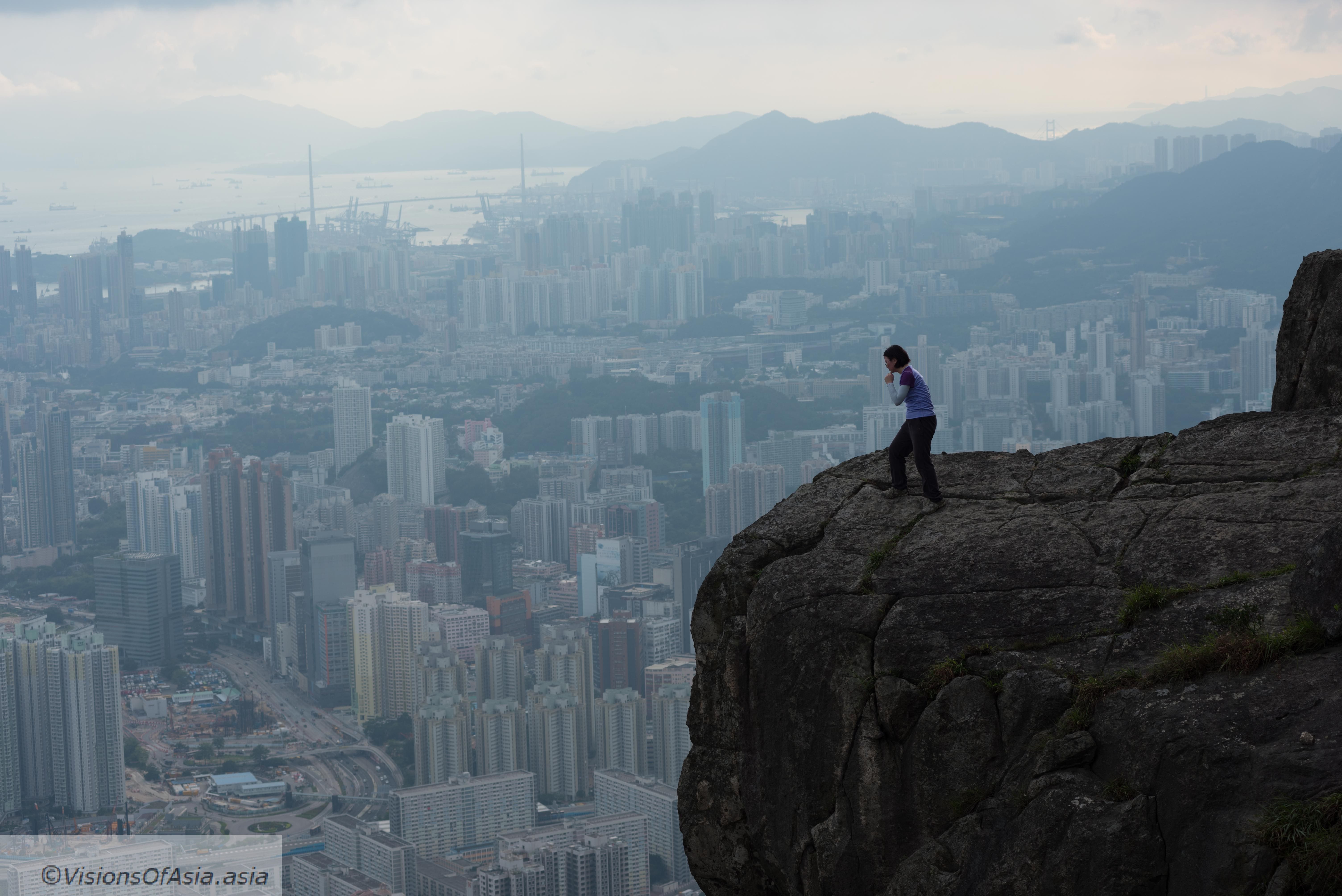 The Suicide Cliff in Hong Kong: a hike to die for!