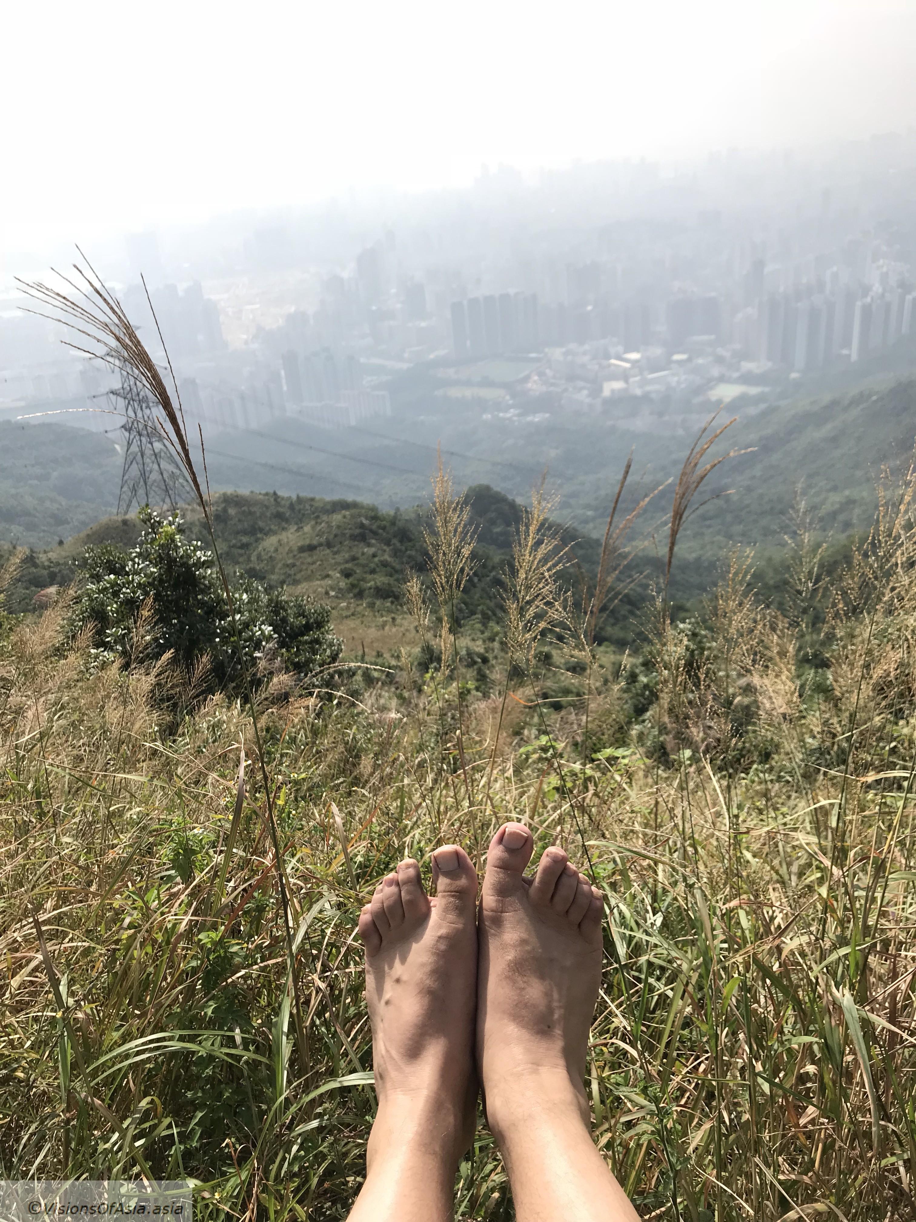 Barefoot on Kowloon peak