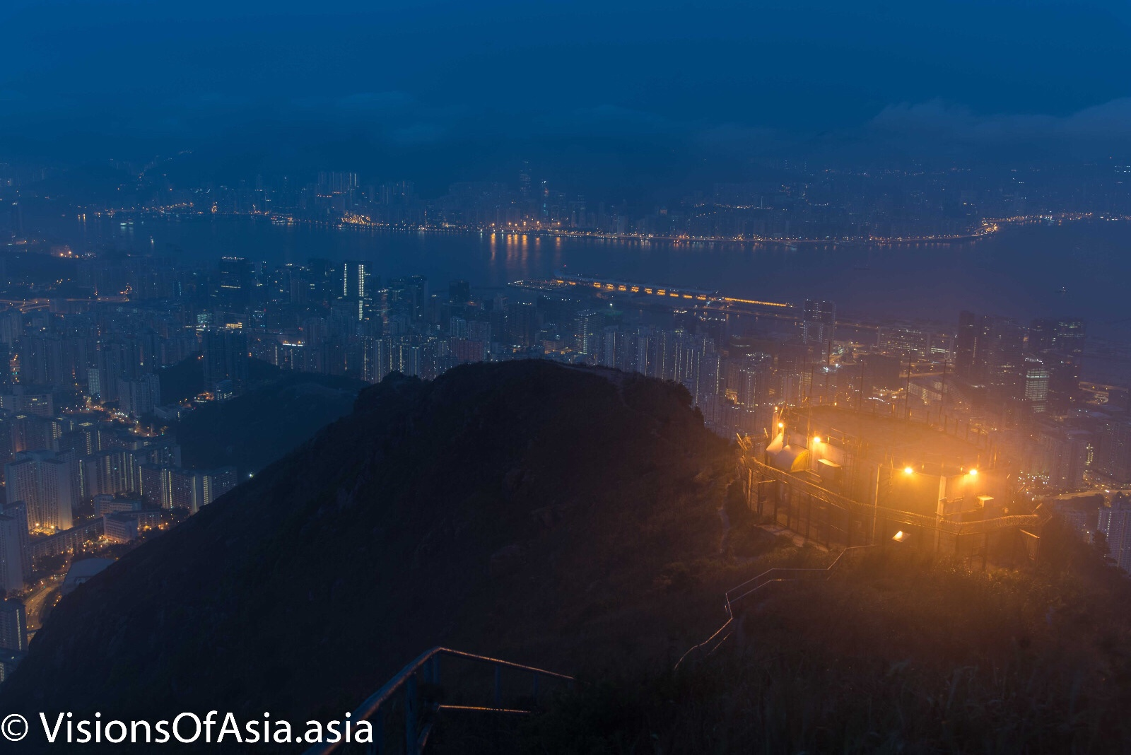 Blue hour on Kowloon Peak
