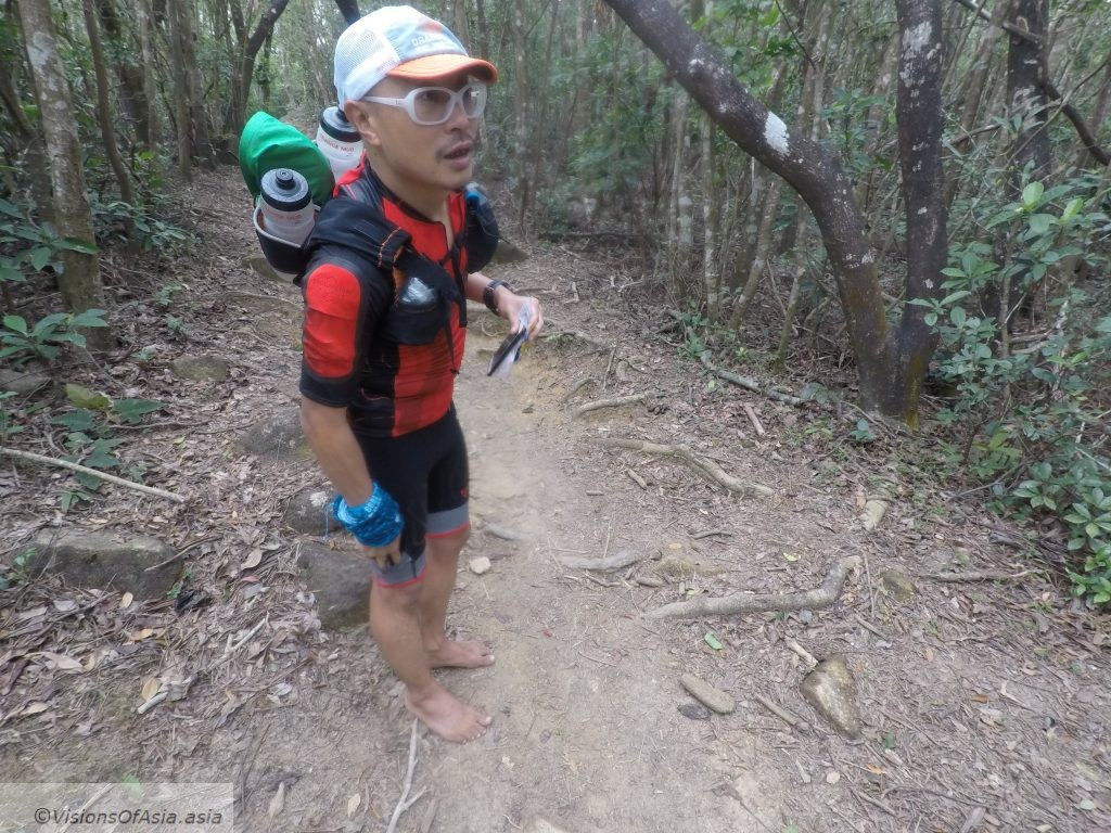 Yuan barefooter on the trail