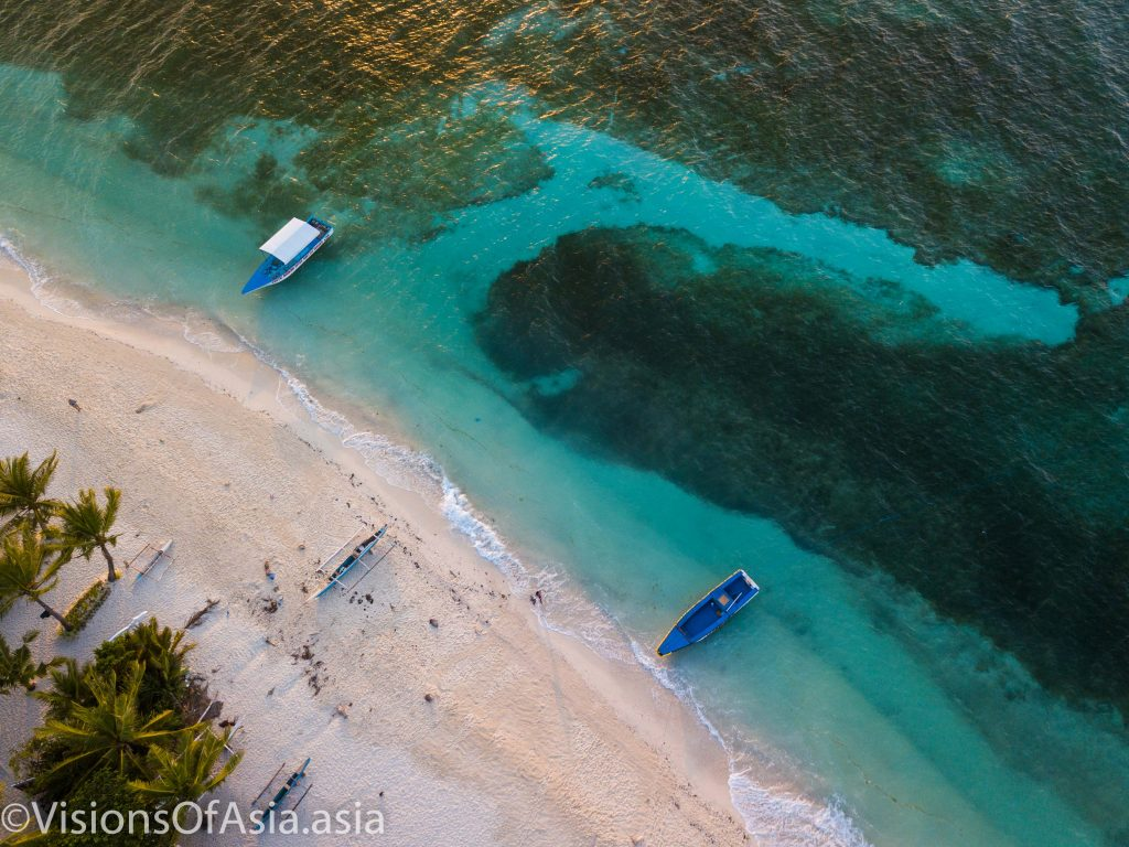 The marvelous blue waters of Malapascua